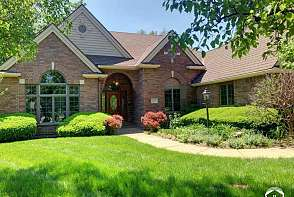 4401 Nicklaus Dr Lawrence, KS listing photo #1