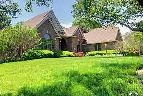 4401 Nicklaus Dr Lawrence, KS listing photo #4