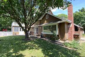 4133 Wimbledon Drive Lawrence, KS listing photo #3