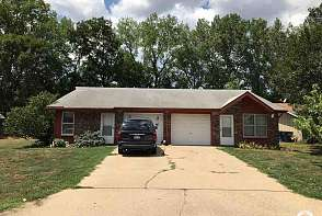2519-21 Winterbrook Dr. Lawrence, KS listing photo #2