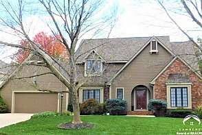 1008 Oak Tree Drive Lawrence, KS listing photo #1
