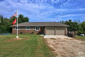 3150 SE Stubbs Rd Tecumseh, KS listing photo #3
