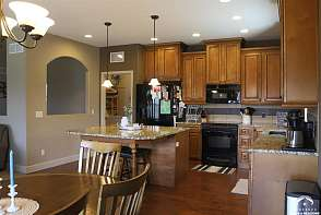 433 N Pennycress Dr Lawrence, KS listing photo #5