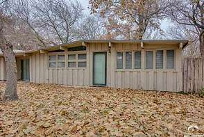 1728 W 21st Street Lawrence, KS listing photo #3