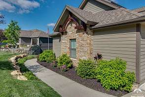 222 Landon Ct Lawrence, KS listing photo #3