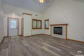 2717 Chipperfield Road Lawrence, KS listing photo #3