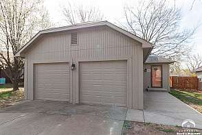 3711 W 24th Ter Lawrence, KS listing photo #1