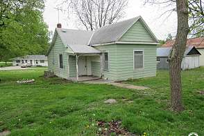 220 Locust St Nortonville, KS listing photo #1
