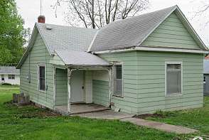 220 Locust St Nortonville, KS listing photo #2