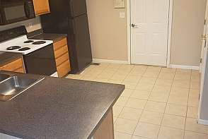 1511 Legend Trail Drive Unit A Lawrence, KS listing photo #4