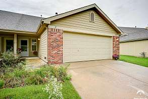 2622 SAWGRASS DR LAWRENCE, KS listing photo #1