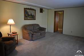 7286 Greenleaf Trail Ozawkie, KS listing photo #2