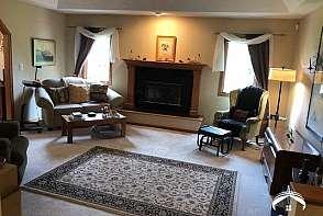 545 Brentwood Drive Lawrence, KS listing photo #2