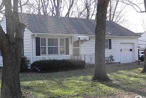 406 Bowen St Linwood, KS listing photo #2