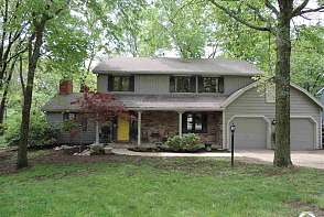 3601 W Timber Ct Lawrence, KS listing photo #3