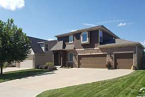 919 Drum Drive Lawrence, KS listing photo #1