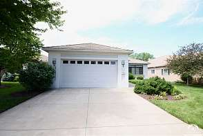5715 Villa Drive Lawrence, KS listing photo #3