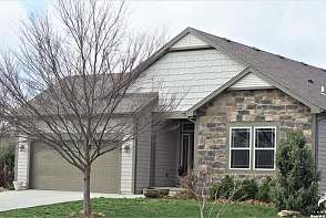 437 Seele Dr Lawrence, KS listing photo #2