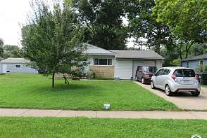 239 Michigan Lawrence, KS listing photo #1