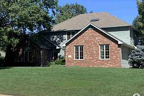 4620 Turnberry Dr. Lawrence, KS listing photo #1