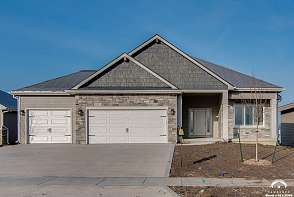 1221 Juniper Lane Lawrence, KS listing photo #1