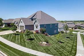 347 Headwaters Drive Lawrence, KS listing photo #2