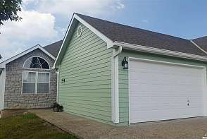 2045 Country View Ct Tonganoxie, KS listing photo #1