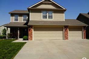 2518 Carlton Drive Lawrence, KS listing photo #1