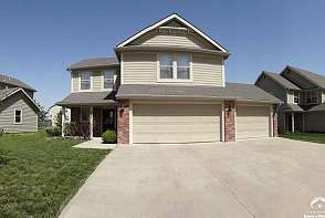 2518 Carlton Drive Lawrence, KS listing photo #4