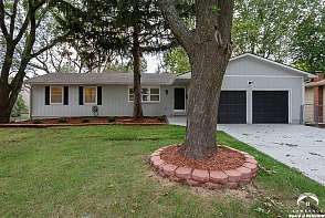 1131 Randall Road Lawrence, KS listing photo #2