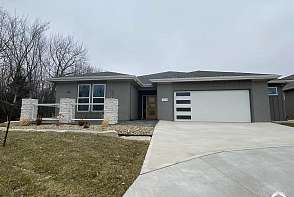 4008 Sweetclover St Lawrence, KS listing photo #1