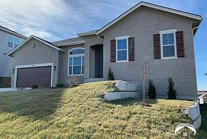 419 Stoneridge Drive Lawrence, KS listing photo #1