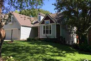 4805 Normandy Park St Lawrence, KS listing photo #1