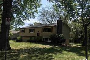 915 W 28 Terrace Lawrence, KS listing photo #1