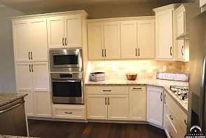 2250 Lake Pointe Drive #2003 Lawrence, KS listing photo #3