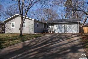 1834 W 27th Ter Lawrence, KS listing photo #1