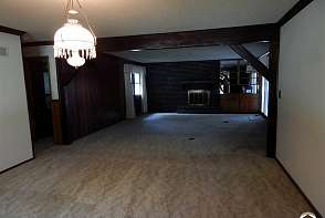 2202 Westchester Rd Lawrence, KS listing photo #4