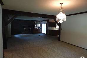 2202 Westchester Rd Lawrence, KS listing photo #5