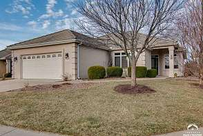 1547 Fountain Dr Lawrence, KS listing photo #1