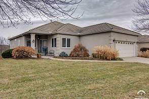 1540 Fountain Dr Lawrence, KS listing photo #1