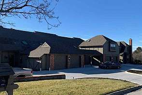 3419 Seminole Drive Lawrence, KS listing photo #1