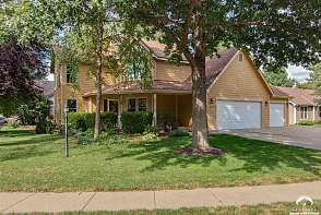 500 Lonetree Drive Lawrence, KS listing photo #1