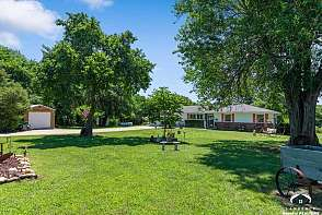 323 HWY 40 Lecompton, KS listing photo #1