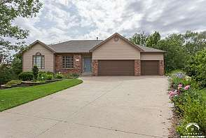 2233 Killarney Court Lawrence, KS listing photo #1