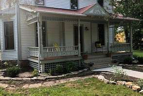 1205 Delaware St. Lawrence, KS listing photo #3
