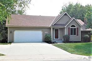 4128 Wimbledon Drive Lawrence, KS listing photo #2