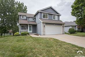 2325 Brett Dr Lawrence, KS listing photo #1