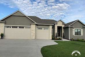 335 Headwaters Dr Lawrence, KS listing photo #1