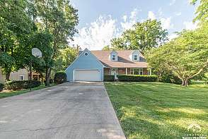 3005 Westdale Rd Lawrence, KS listing photo #1