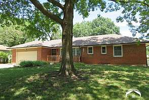 1628 W 21st Terr. Lawrence, KS listing photo #2